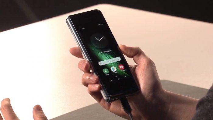 Galaxy Fold é o celular dobrável da Samsung com 12 GB de RAM por US$ 1.980 – Tecnoblog