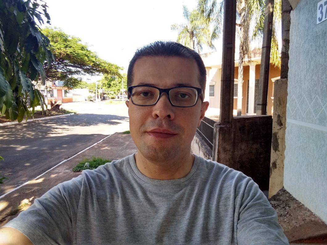 Selfie feita com o Moto G7 Play