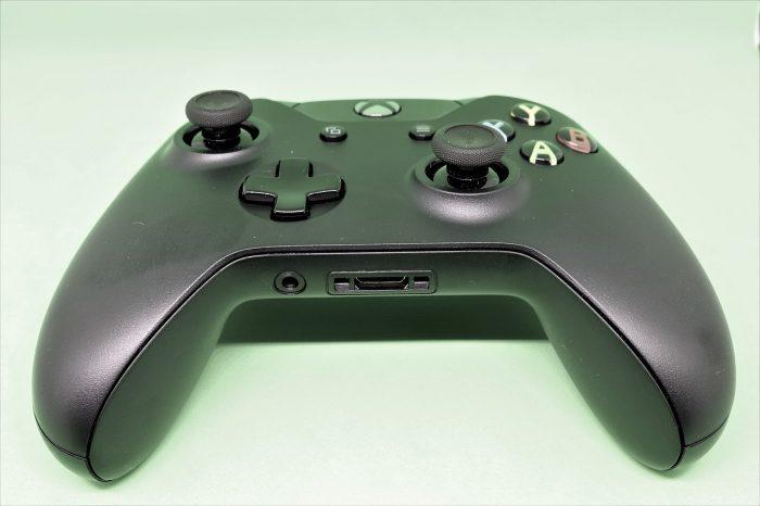Kdsphotos / controle do Xbox One / Pixabay / como sincronizar controle xbox one