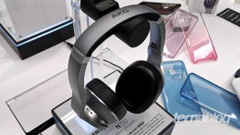 Samsung lança fones de ouvido wireless da AKG no Brasil