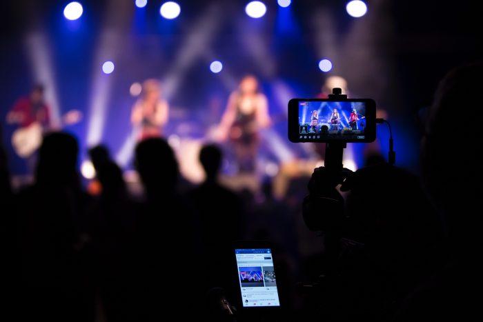 nicolas-lb-facebook-evento-unsplash