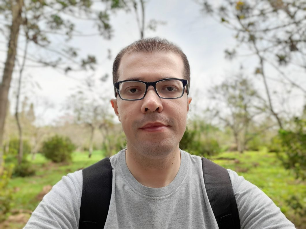 Selfie registrada com o Samsung Galaxy A50