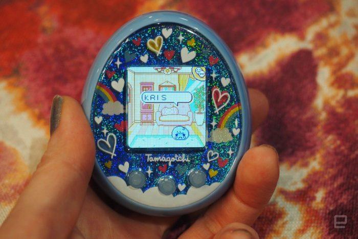 Tamagotchi On é versão conectada do bichinho virtual dos anos 90