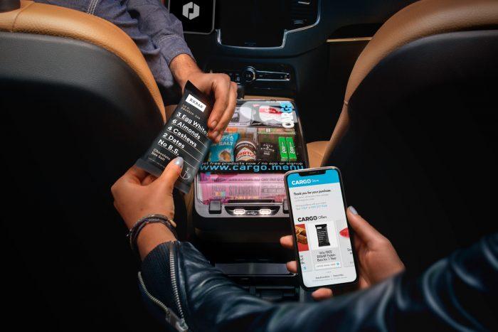Parceria entre Uber e Cargo permitirá que motoristas vendam produtos