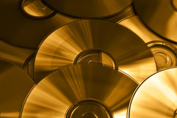 DS-Foto / Discos de DVD / Pixabay / como gravar dvd