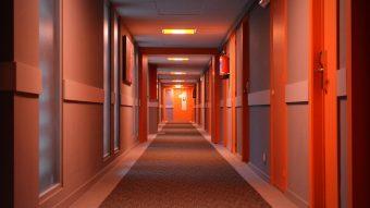 Como garantir Wi-Fi rápido em um quarto de hotel