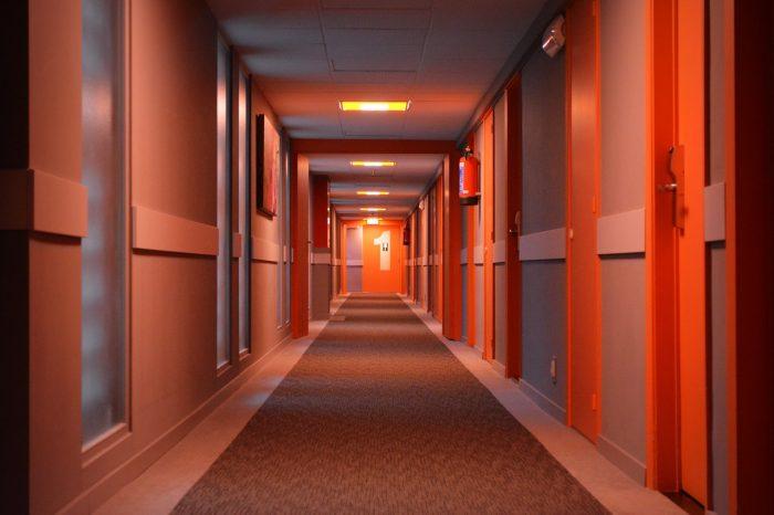 Ben_Kerckx / hotel / wi-fi rápido