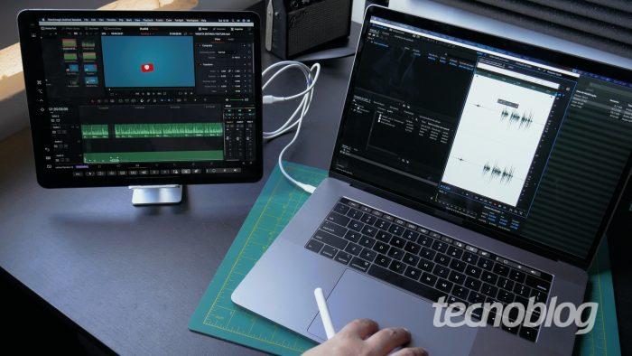 Mac e iPad com recurso Sidecar em uso