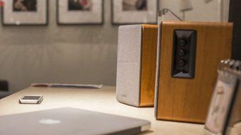 Qual a diferença entre monitor de áudio e caixas de som tradicionais?