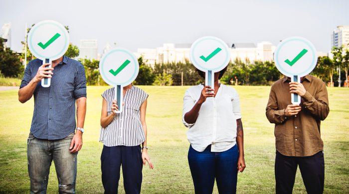 approval-correct-diverse-check-whatsapp-pexels
