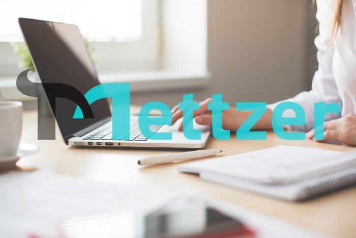 hamonazaryan1 / notebook e logo da Mettzer (alt.)