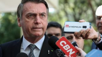 Bolsonaro promete estudos sobre redução de impostos para jogos eletrônicos