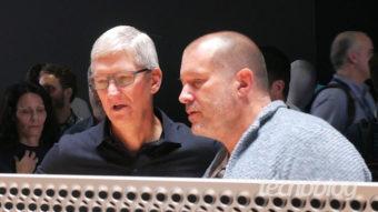 Apple oficializa saída de Jony Ive e remove designer da lista de executivos