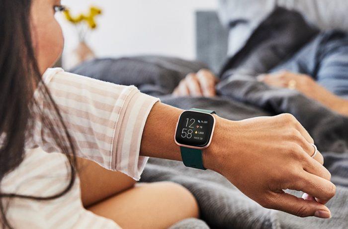 Fitbit Versa 2 (Imagem: Divulgação)