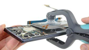 Desmanche do Galaxy Note 10+ mostra novo motor no lugar da entrada para fone