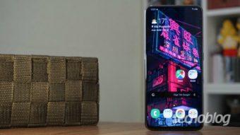 Galaxy A80: inova com câmera giratória e erra feio em alguns pontos