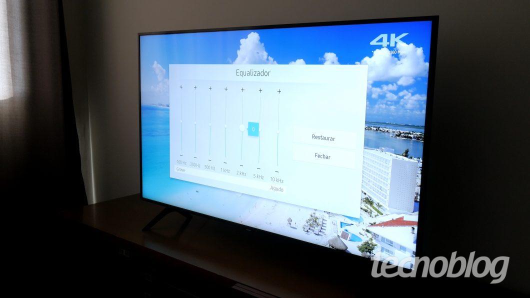TV QLED Samsung Q60R