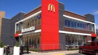 McDonald's quer equipar drive thru com inteligência artificial por voz