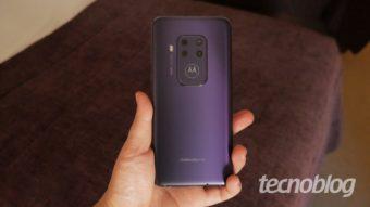 Uma olhada de perto no Motorola One Zoom