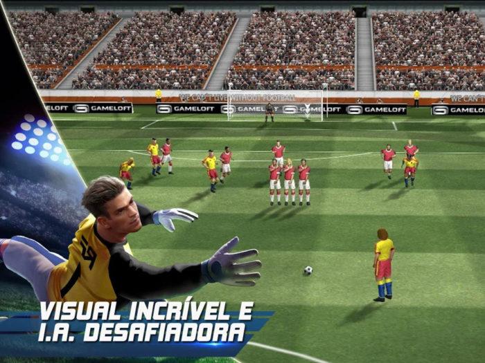 Gameloft / Real Football