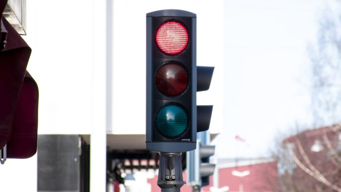 hasselqvist / semáforo (detalhe) / Pixabay / teste traffic shaping