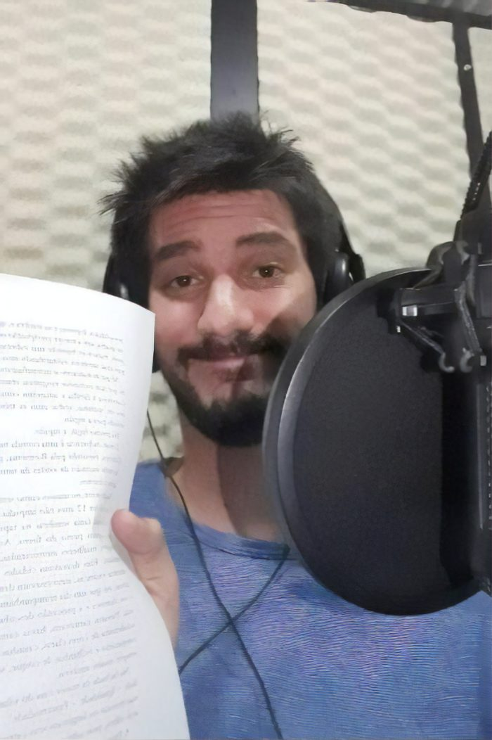 Adriano Pellegrini, ator e narrador