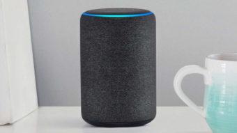 Como ouvir música sem Wi-Fi no Amazon Echo [entrada auxiliar]