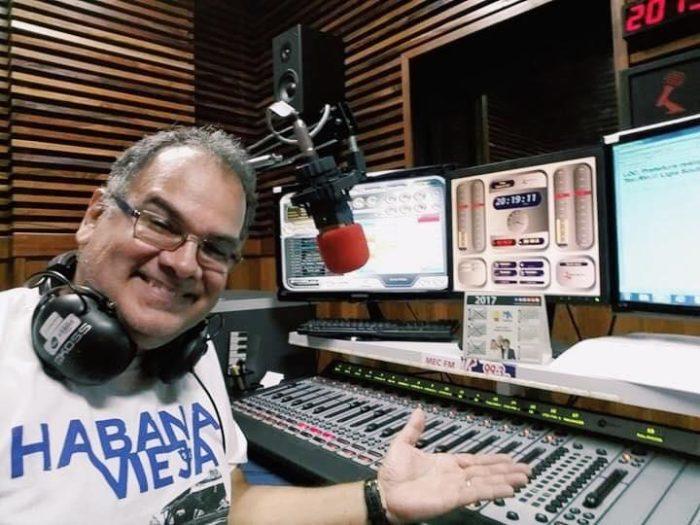 Sidney Ferreira, locutor de rádio e narrador