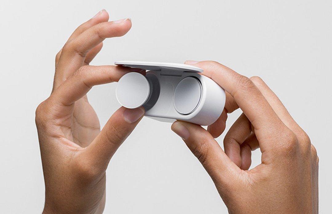 Microsoft Surface Earbuds (Imagem: Divulgação/Microsoft)