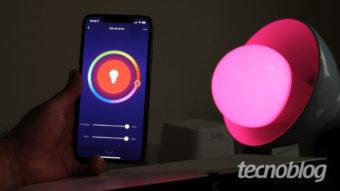 Positivo Smart Lâmpada e Smart Plug: os gadgets simples para casas conectadas