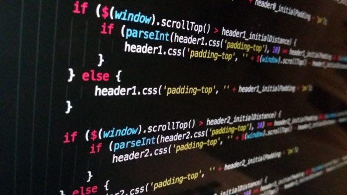 Pexels / linhas de código / Pixabay / o que é algoritmo