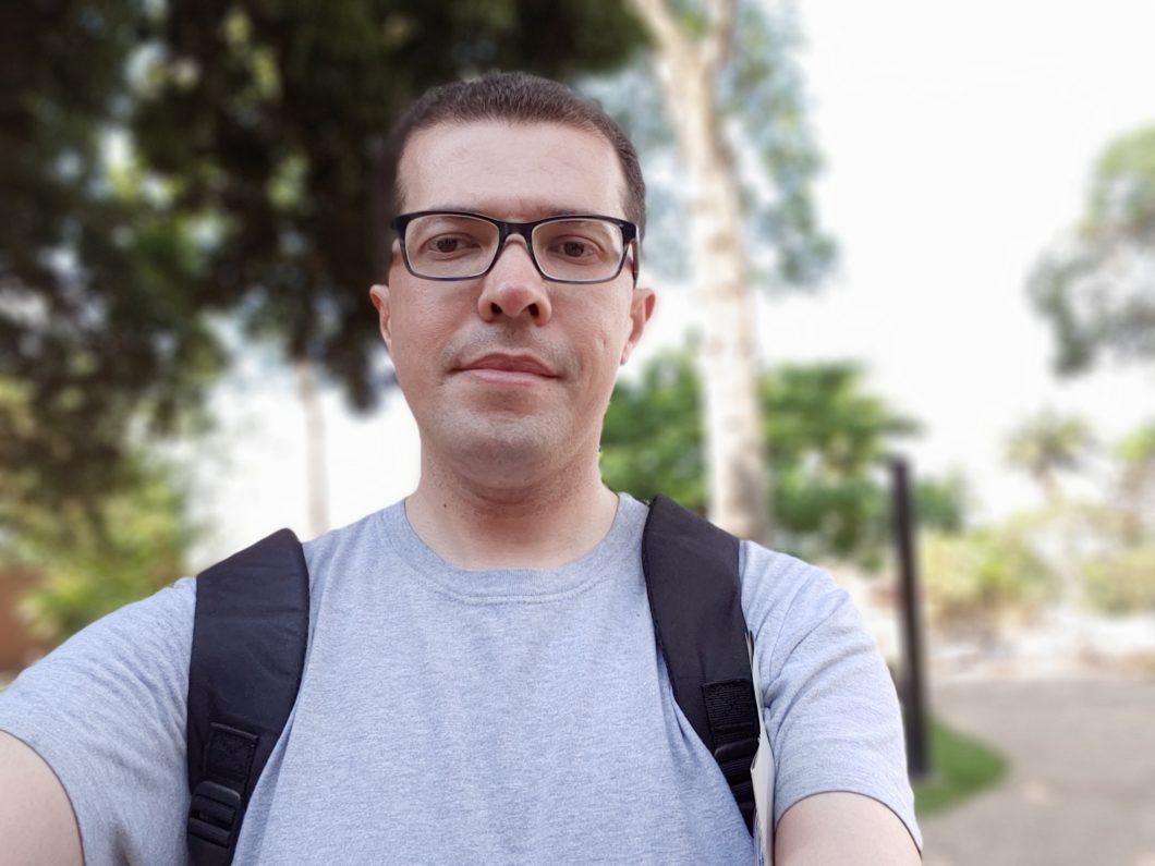 Selfie feita com o LG G8S ThinQ