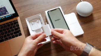 Cabo USB-C dos iPhones não serve em adaptadores de tomada antigos