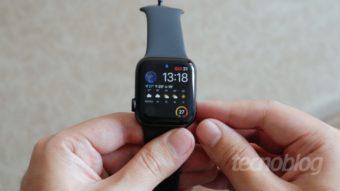 Ansiedade causada por smartwatch levou mulher a realizar 916 ECGs em um ano