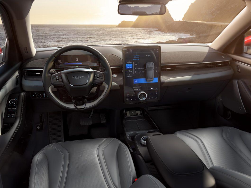 Ford Mustang Mach-E - parte interna