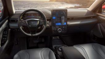 Carros da Ford vão usar tecnologia da Intel para recursos de assistência