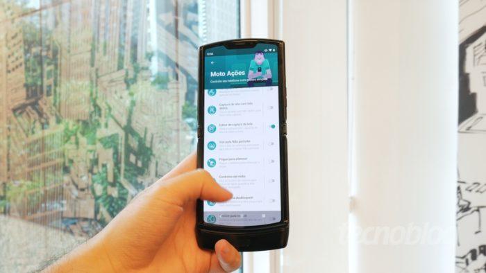 Motorola Razr (2019) - Celular dobrável
