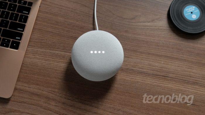 Google Nest Mini (Imagem: Paulo Higa/Tecnoblog)