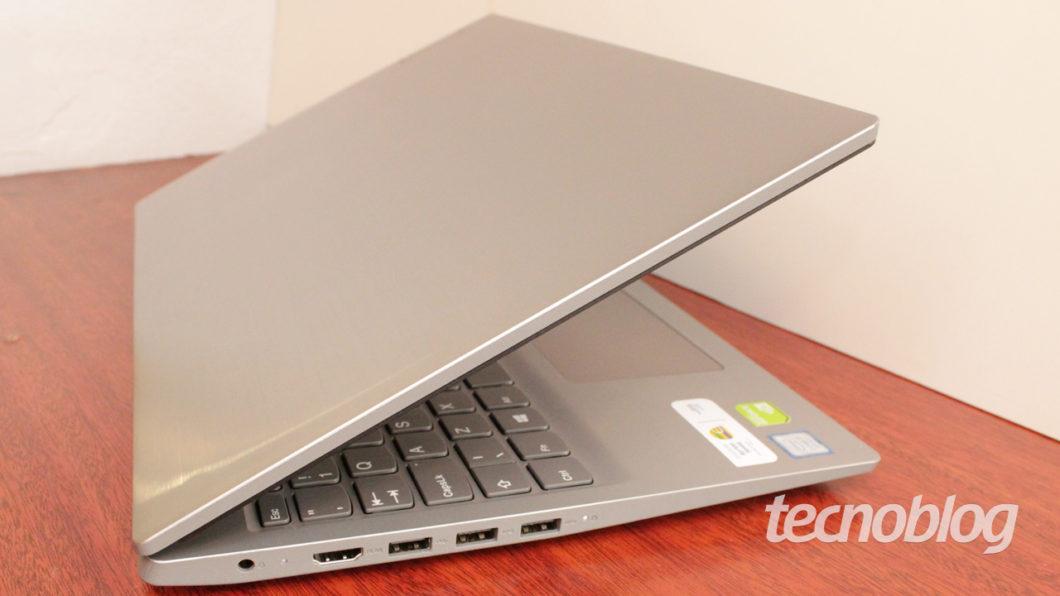 O Lenovo Ideapad S145 é todo de plástico