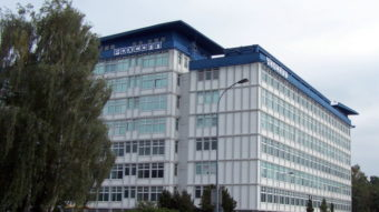 Produção de iPhones não será afetada por surto de coronavírus, diz Foxconn