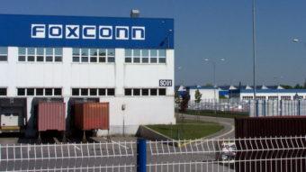 """Foxconn diz que era da China como """"fábrica do mundo"""" vai acabar"""