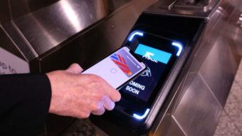 Apple Pay faz alguns usuários do metrô de Nova York serem cobrados em dobro