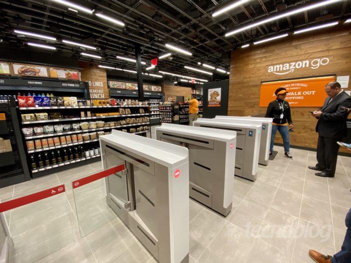 A entrada de uma loja Amazon Go (Foto: André Fogaça/Tecnoblog)