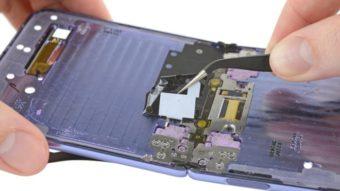 Desmanche mostra que Galaxy Z Flip não passa em teste de poeira