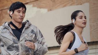 Apple lança fones Powerbeats no Brasil por R$ 1.299