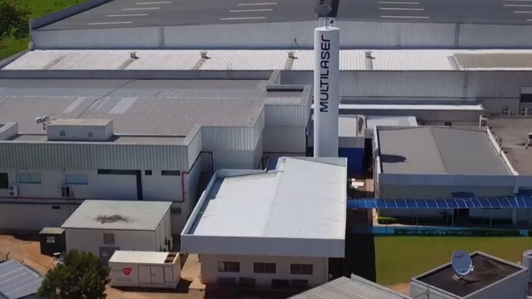 Multilaser reduziu produção de celulares e PCs (Foto: Reprodução/YouTube)