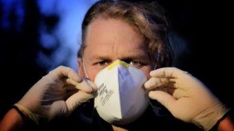 Indústria brasileira doa álcool, máscaras e testes de COVID-19