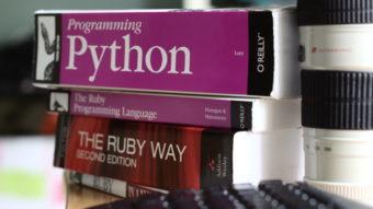 JavaScript e Python lideram lista das linguagens mais populares