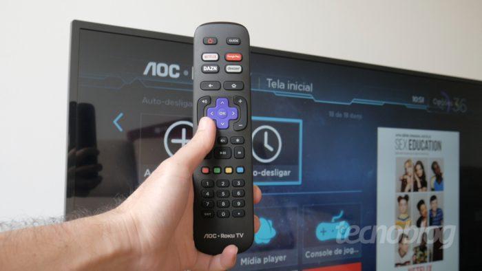 AOC S5195 com Roku TV (Imagem: Paulo Higa/Tecnoblog)