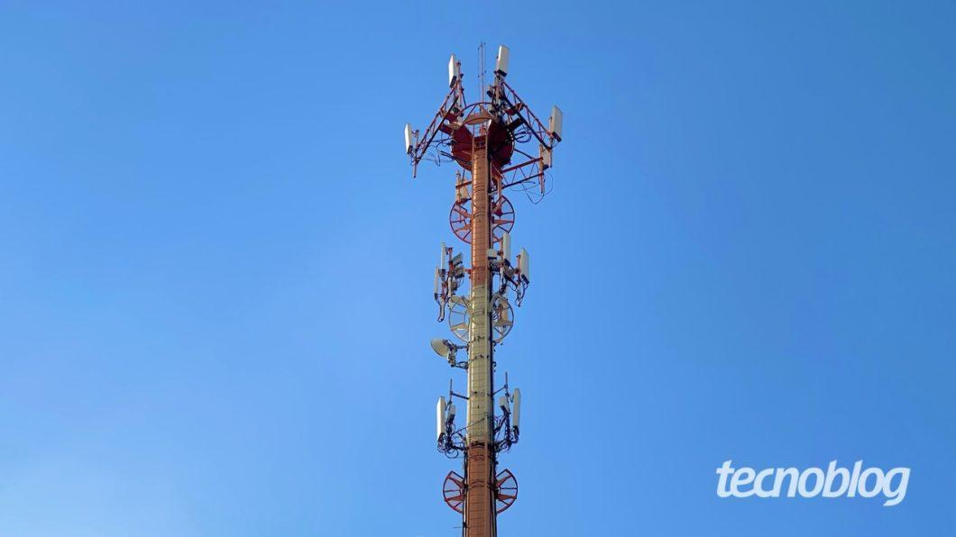 Torre de telefonia celular. Foto: Lucas Braga